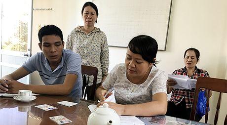 Ky la mo hinh 'mot cua khong ngoi mot cho' o TP.Quang Ngai - Anh 4