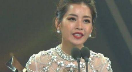 Chi Pu nhan giai thuong 'Ngoi sao dang len' tai Han Quoc - Anh 1
