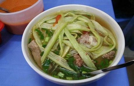 Vo chong Thu Phuong nem thu bun chui Ha Noi - Anh 2