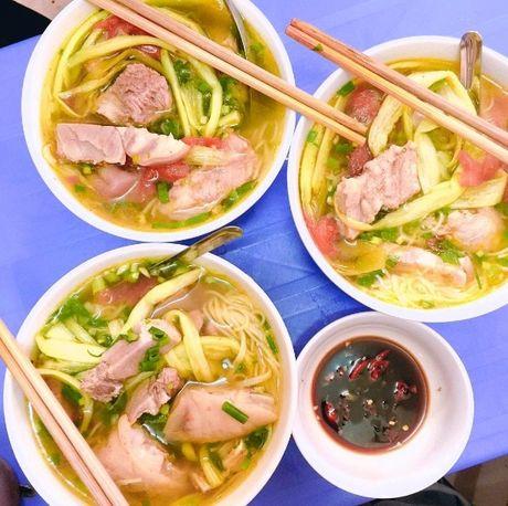 Vo chong Thu Phuong nem thu bun chui Ha Noi - Anh 7