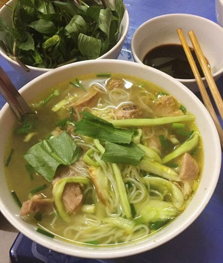 Vo chong Thu Phuong nem thu bun chui Ha Noi - Anh 9