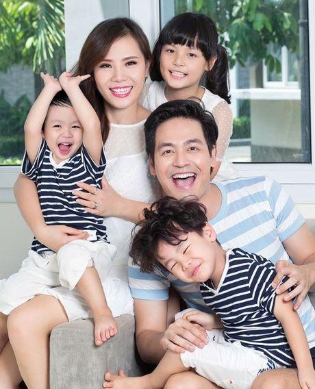MC Phan Anh khoe anh vo 11 nam sau ket hon van sieu lang man - Anh 9