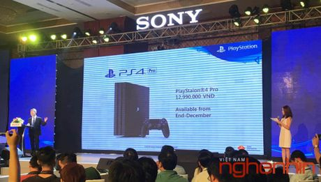 May choi game Sony Play Station 4 Pro ra mat thi truong Viet gia 13 trieu - Anh 1
