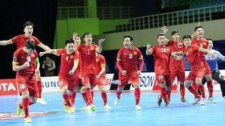 Futsal Quoc gia tap trung chuan bi giai giao huu quoc te - Anh 1