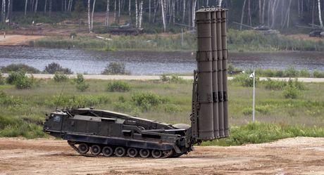 Nga 'quet' khong phan Syria voi 7 to hop S-300 - Anh 1