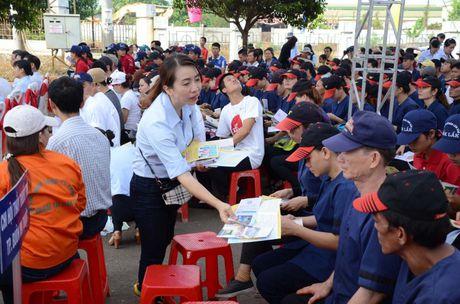 Tro giup phap ly: Phai den duoc cong nhan, nguoi dan vung xa - Anh 1