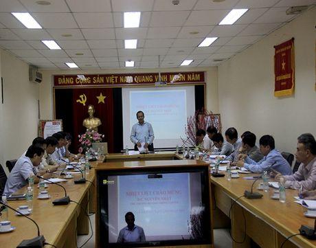 Nang cao cong tac an ninh o san bay de hai long hanh khach - Anh 1