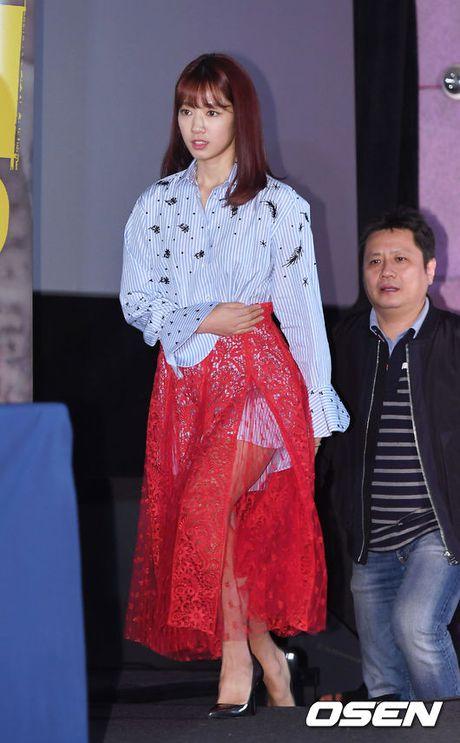 Park Shin Hye gay chu y voi thoi trang la mat - Anh 1