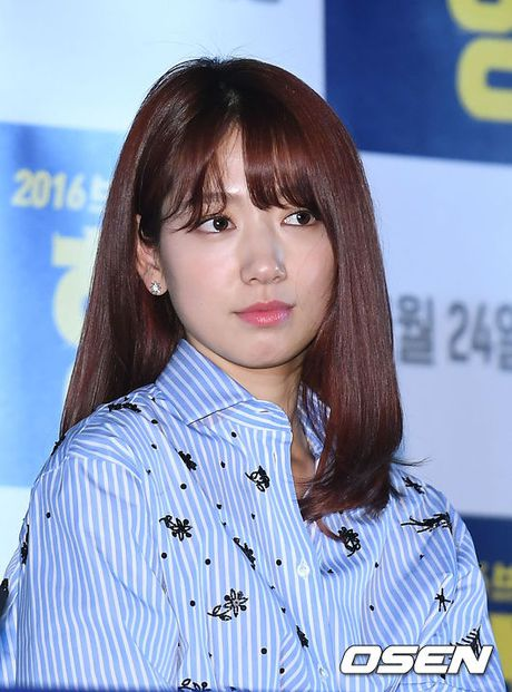 Park Shin Hye gay chu y voi thoi trang la mat - Anh 2