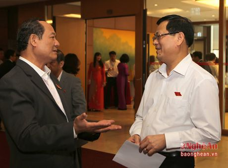 Bo truong Phung Xuan Nha: 'Co tiem an, bien tuong trong hoc them, day them' - Anh 3