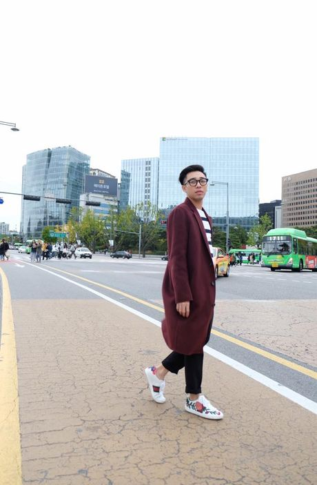 '50 sac thai' dien giay sneaker trang khong phai chang trai nao cung biet! - Anh 11