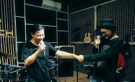 Vicky Nhung thu thach ban than khi lam moi nhac xua trong minishow dau tien - Anh 4
