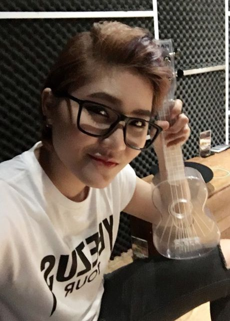 Vicky Nhung thu thach ban than khi lam moi nhac xua trong minishow dau tien - Anh 6