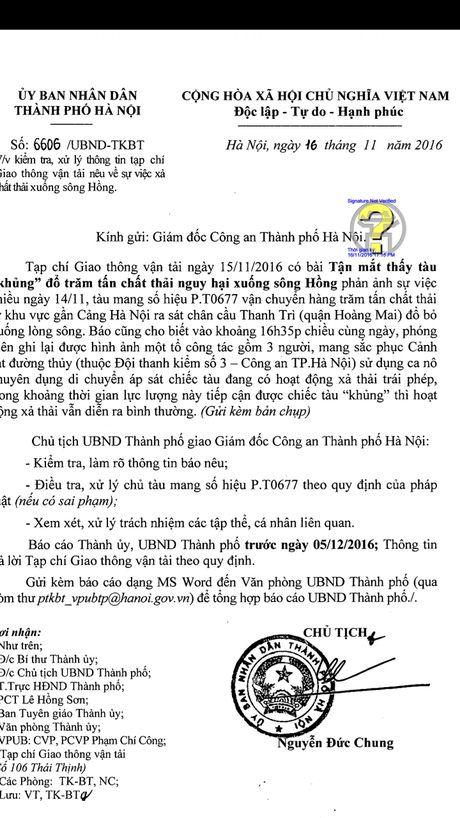 Chu tich Ha Noi Nguyen Duc Chung chi dao dieu tra vu tau 'khung' xa thai xuong song Hong - Anh 1