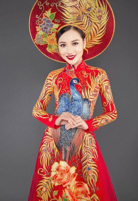 Ngam trang phuc dan toc cua Hoang Thu Thao tai Miss Asia Pacific International - Anh 4