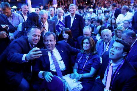 Tiet lo 'cac ngoi sao' tiem nang lap ghe trong trong chinh quyen Trump - Anh 1