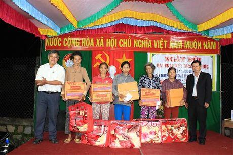 Binh Dinh: Ngay hoi Dai doan ket tai Khu dan cu Giang Bac - Anh 2