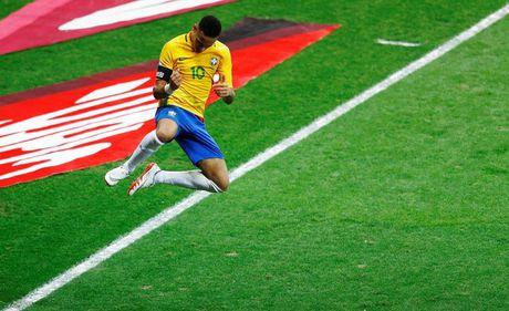 Peru vs Brazil (0-2): Neymar va dong doi tan cong mau lua - Anh 15