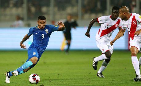 Peru vs Brazil (0-2): Neymar va dong doi tan cong mau lua - Anh 4