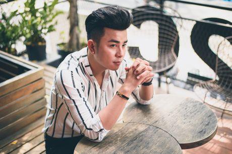 Cha than dong Tin Tin: 'Toi va me con trai khong hop nhau' - Anh 1