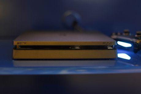 Anh Sony PlayStation 4 Slim gia tu 8,9 trieu tai VN - Anh 3