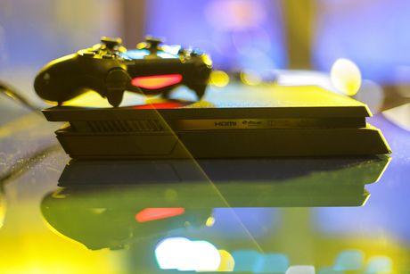 Anh Sony PlayStation 4 Slim gia tu 8,9 trieu tai VN - Anh 4