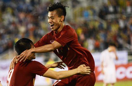 Cuoc thi dong hanh cung tuyen Viet Nam tai AFF Cup  - Anh 1