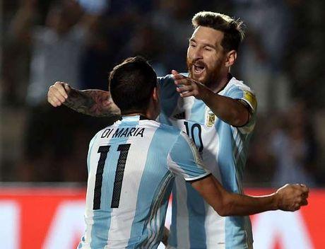 Messi duoc ca ngoi khi giup Argentina tro lai top 5 - Anh 1