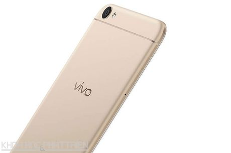 Tren tay Vivo V5: Camera selfie 20 MP, RAM 4 GB - Anh 13