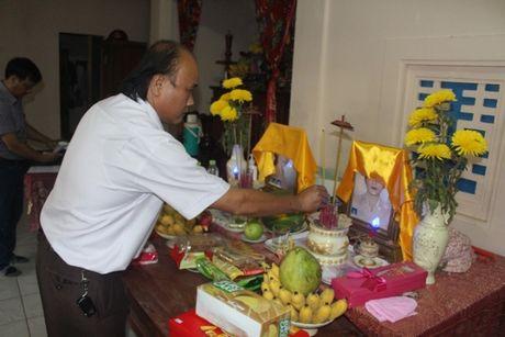 Ban ATGT tinh Quang Tri tham, ho tro 45 gia dinh nan nhan TNGT - Anh 1