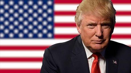 Ong Trump lan dau nhan tin tinh bao toi mat - Anh 1
