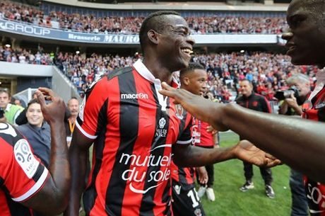 Balotelli tuyen bo se co hanh dong DAC BIET neu Nice vo dich Ligue 1 - Anh 1
