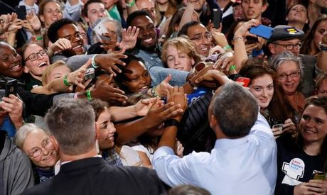 Tong thong Barack Obama chia se du dinh sau khi roi Nha Trang - Anh 2