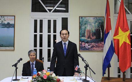 Chu tich nuoc Tran Dai Quang tham Dai su quan Viet Nam tai Cuba - Anh 1