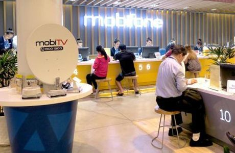 Mobifone chi gan 9.000 ty mua AVG: Nhung cau hoi kho - Anh 1