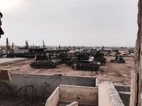 Kinh ngac dan vu khi Hezbollah tap trung danh IS o Syria - Anh 6