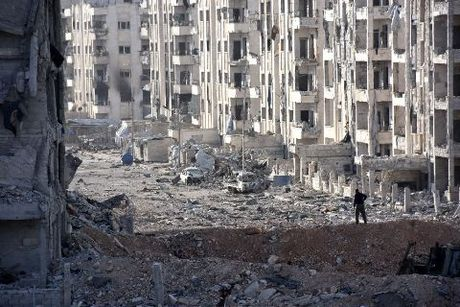 Chien dau co Nga 'lam mua lam gio' tren chien truong Syria - Anh 1