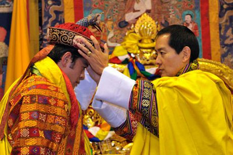 4 hoang hau la chi em ruot tai quoc gia hanh phuc Bhutan - Anh 2