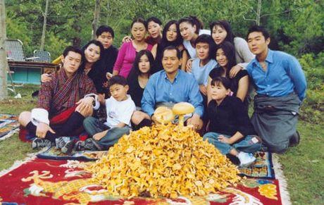 4 hoang hau la chi em ruot tai quoc gia hanh phuc Bhutan - Anh 5