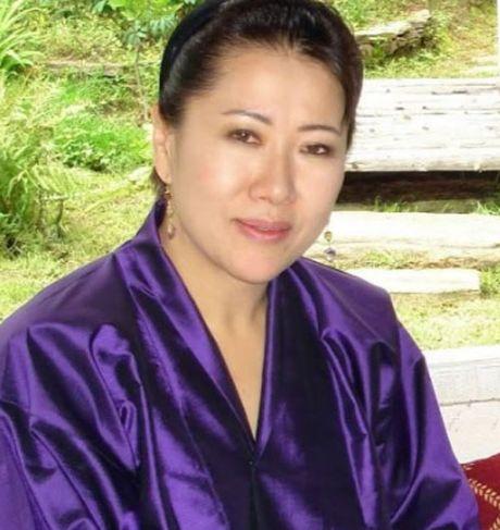 4 hoang hau la chi em ruot tai quoc gia hanh phuc Bhutan - Anh 8