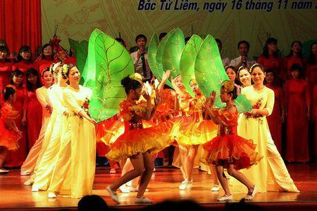 Ha Noi: Quan Bac Tu Liem to chuc Le ki niem Ngay Nha giao Viet Nam - Anh 10