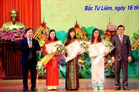 Ha Noi: Quan Bac Tu Liem to chuc Le ki niem Ngay Nha giao Viet Nam - Anh 2