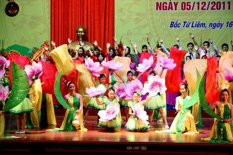 Ha Noi: Quan Bac Tu Liem to chuc Le ki niem Ngay Nha giao Viet Nam - Anh 7
