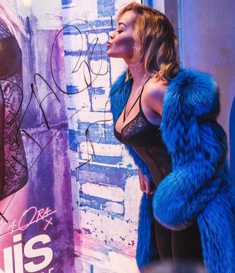 America's Next Top Model: Rita Ora khong thua gi mau chuyen nghiep - Anh 10