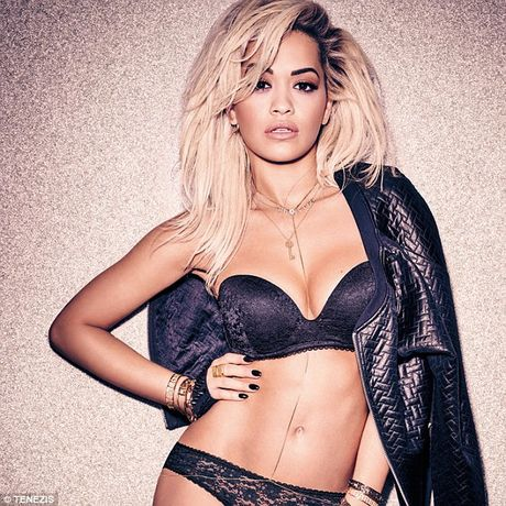 America's Next Top Model: Rita Ora khong thua gi mau chuyen nghiep - Anh 4