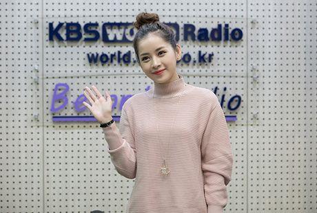 Chi Pu gian di van xinh khi di phong van voi dai KBS - Anh 1