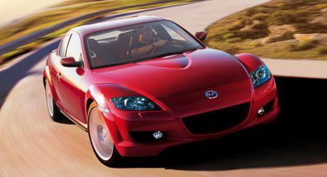 Sau Mazda3, den luot Mazda RX-8 bi trieu hoi vi loi ro ri nhien lieu - Anh 1