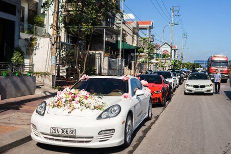 Choang vang dan sieu xe 50 ty trong le cuoi cua dai gia Quang Ninh - Anh 6