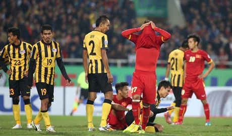 Doi tuyen Malaysia bat chap su suy yeu van dat chi tieu vao chung ket AFF Cup - Anh 1