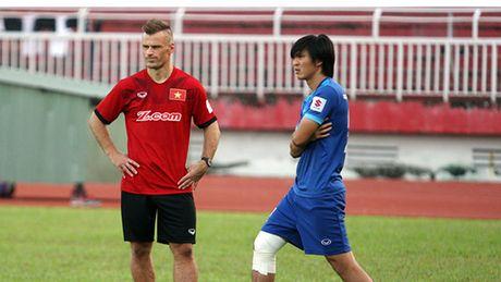 AFF Suzuki Cup 2016: Co the kien nhan voi Tuan Anh? - Anh 1